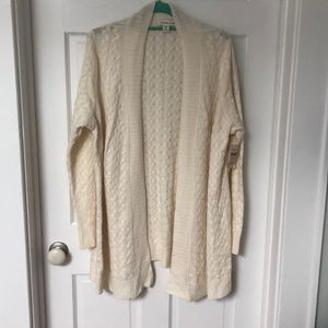 NWT Long off white knitted cardigan.